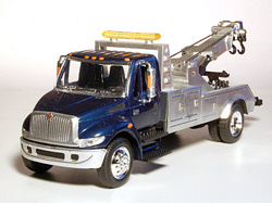 International DuraStar 4200 Towing (2002-)